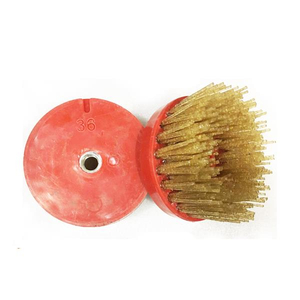 Brosses abrasives diamantées à filetage M14